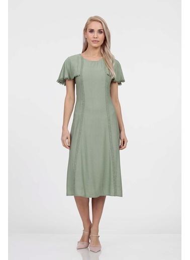 Vitrin Kelebek Kol Kup Kesimli Elbise Yeşil